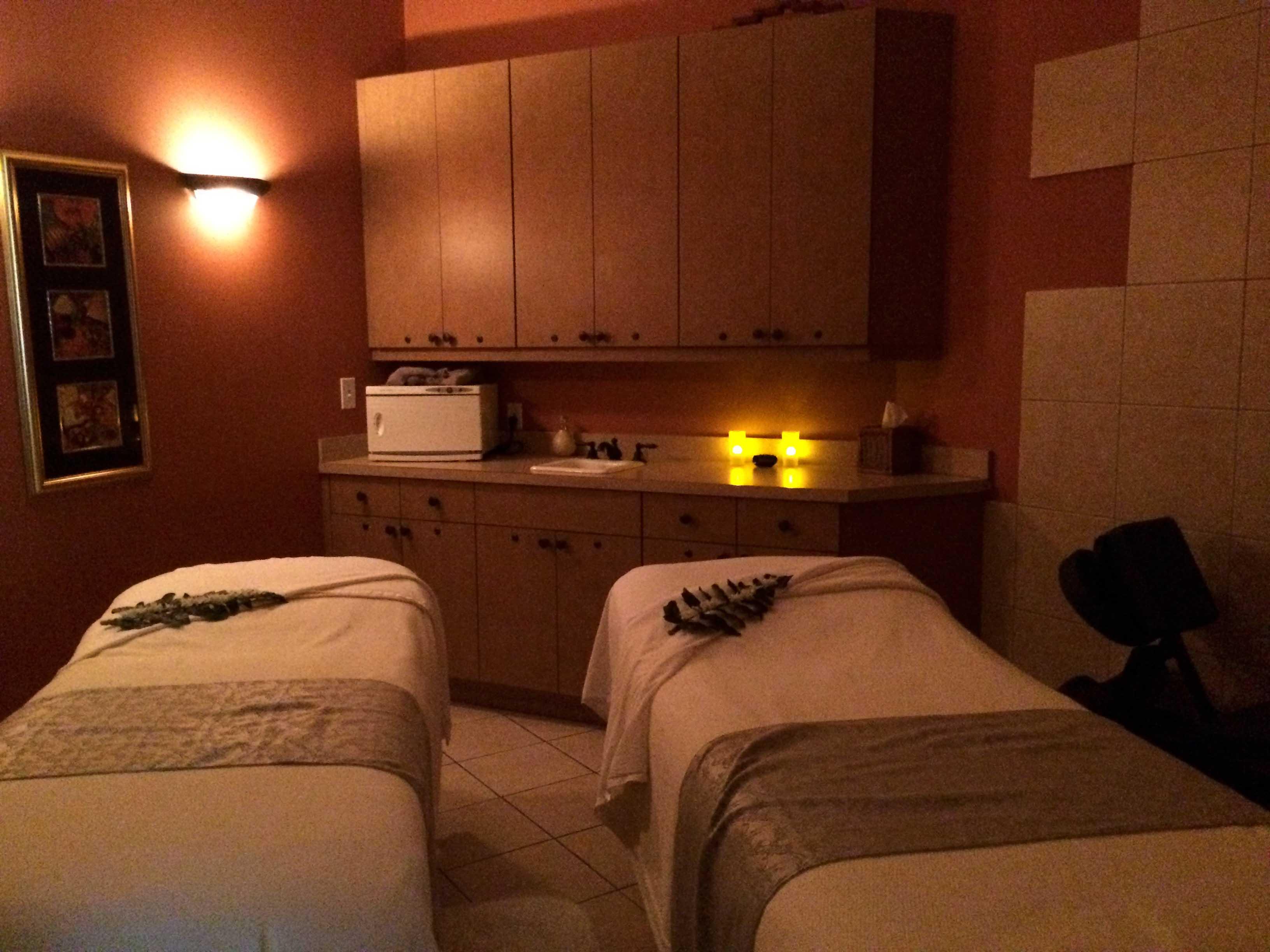 fort-myers-amenities-miromar-massage-room.jpg