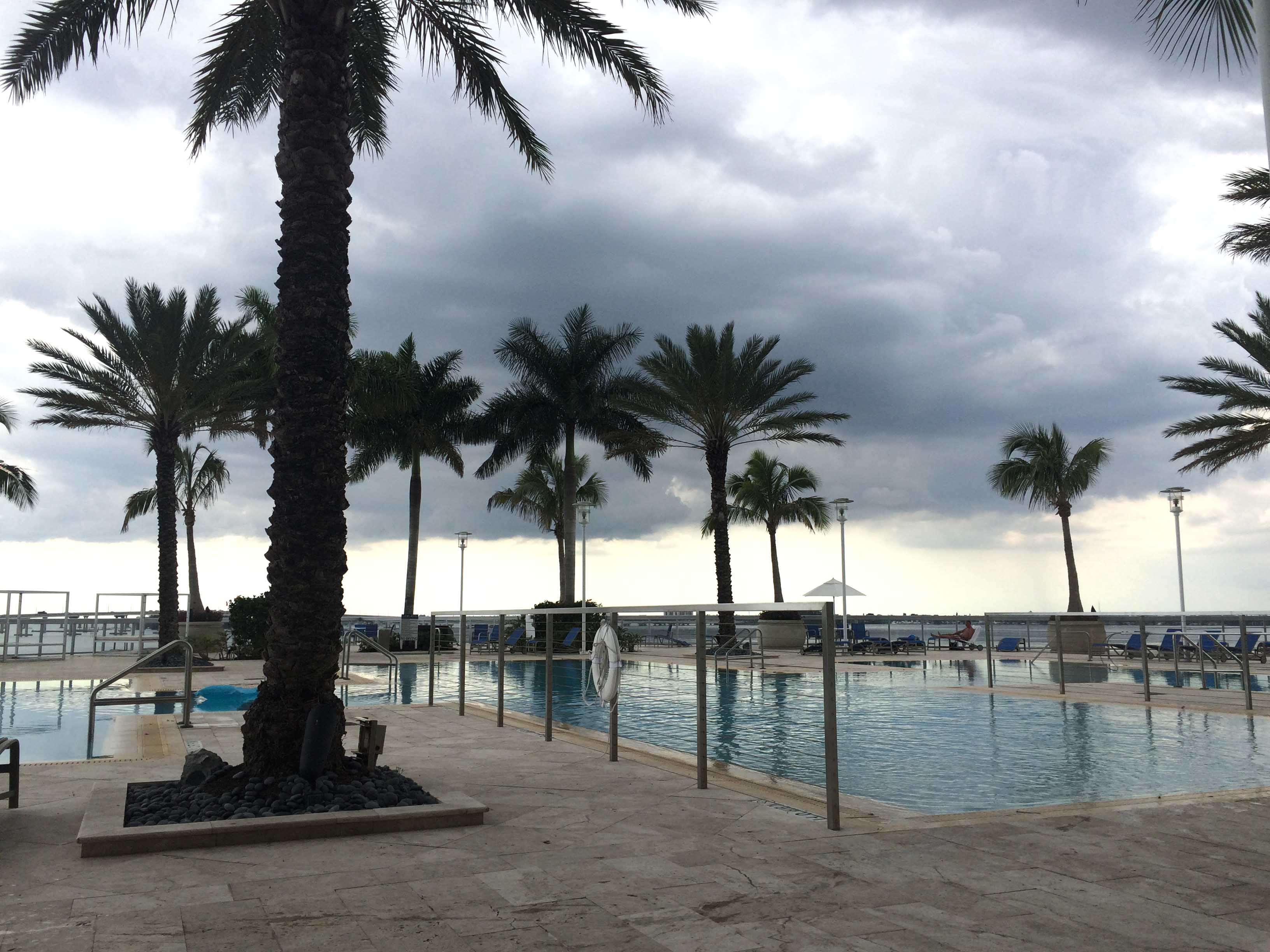 fort-myers-real-estate-oasis-roof-top-pool.jpg