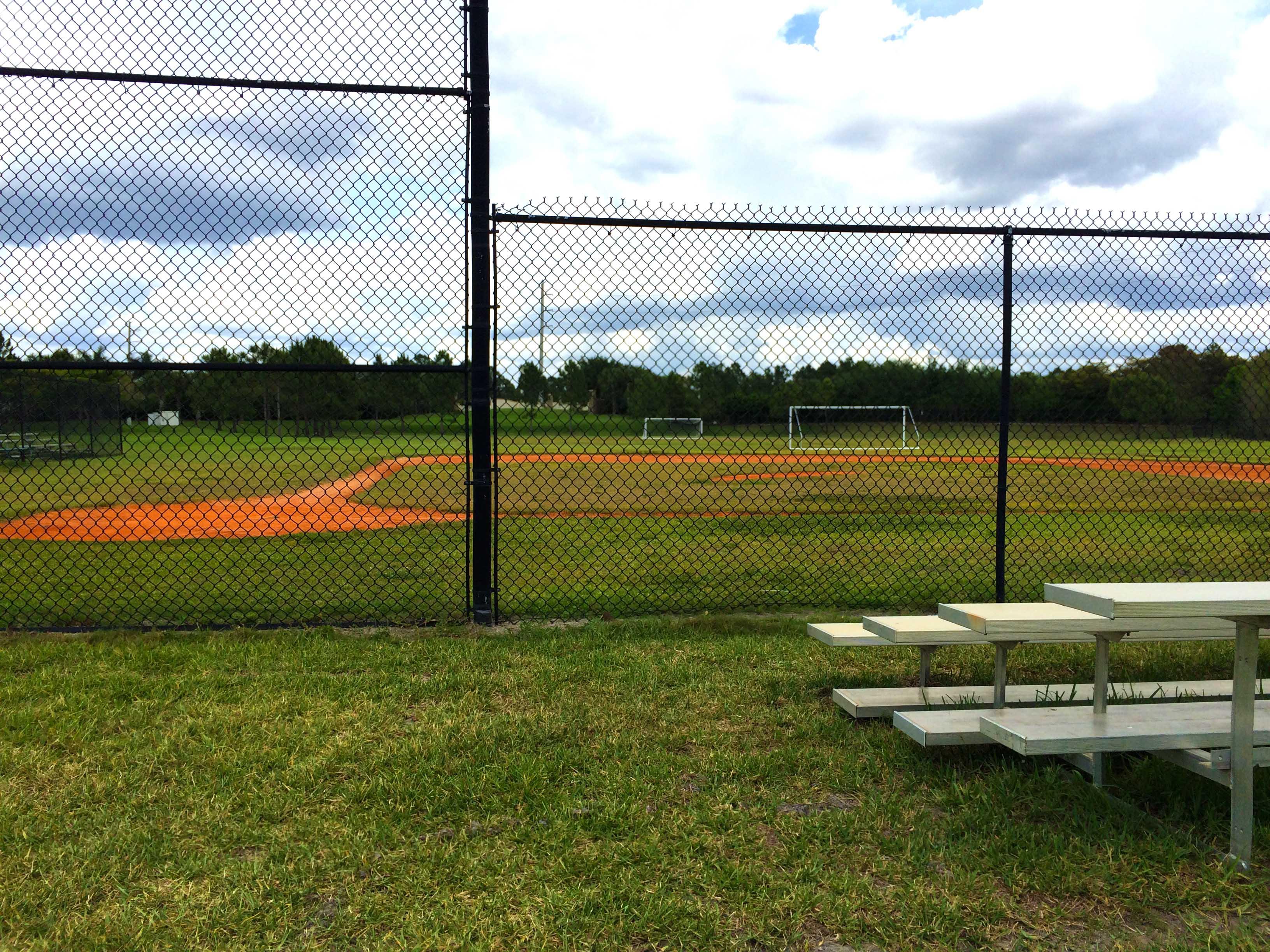 estero-amenities-stoneybrook-baseball-soccer-feild.jpg